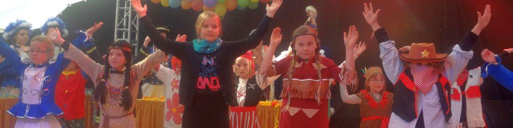 2015.karneval1.jpg